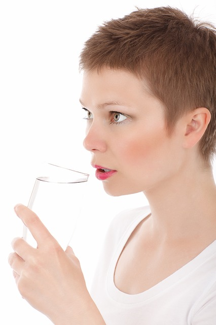 can drinking water prevent tonsil stones